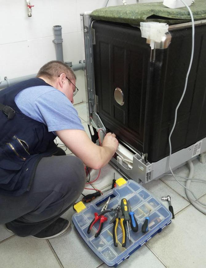 Самостоятельный ремонт посудомоечной